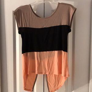 Ocasion women's shirt size S.